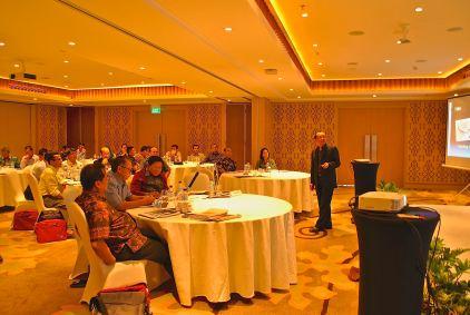 Billy Soemawisastra, saat menyampaikan materi The Art of Public Speaking